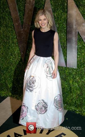 Rosamund Pike - 2013 Vanity Fair Oscar Party at Sunset Tower - Arrivals - Los Angeles, California, United States -...