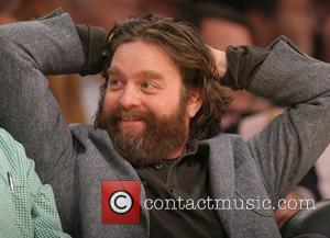 Zach Galifianakis - Celebrities watch the LA Lakers