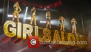 Girls Aloud, Kimberley Walsh, Nicola Roberts, Nadine Coyle, Cheryl Cole and Sarah Harding - Girls Aloud performing live in concert...