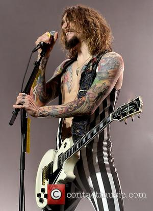 Justin Hawkins - The Darkness perform live at Manchester's O2 Apollo - Manchester, United Kingdom - Saturday 2nd March 2013