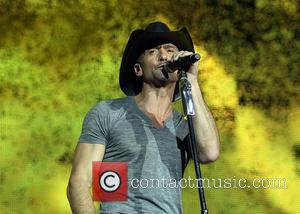 Tim Mcgraw, Carrie Underwood And Leann Rimes Bring Country To Country To The UK (Pictures)