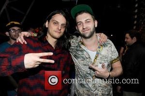 Hooks, Dc and Zeds Dead