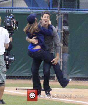 Jennifer Love Hewitt and Brian Hallisay - Jennifer Love Hewitt and co-stars, Brian Hallisay and Rebecca Fields, seen filming a...