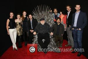 Michelle Fairley, Maisie Williams, Sophie Turner, Kit Haringston, George R.R. Martin, Peter Dinklage, Nikolaj Coster-Waldau, Lena Heady, David Benioff and...