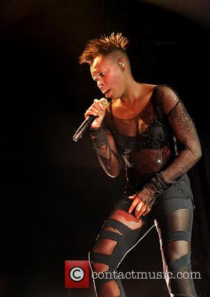 Skunk Anansie Star Sues Wedding Planners