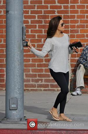 Eva Longoria - Eva Longoria seen shopping in Beverly Hills. She is seen pressing the crosswalk button. - Los Angeles,...