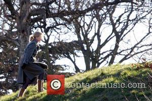 Nicole Kidman - Nicole Kidman filming 'Before I Go To...