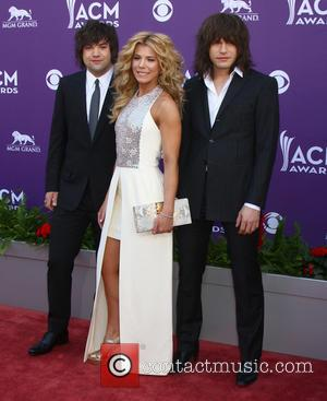 The Band Perry Collaborate With Cupcake Company