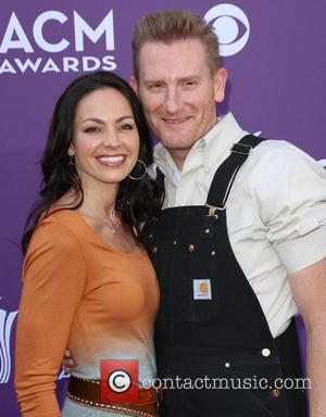 Joey Feek, Of Country Duo Joey + Rory, Stops Cancer Treatment