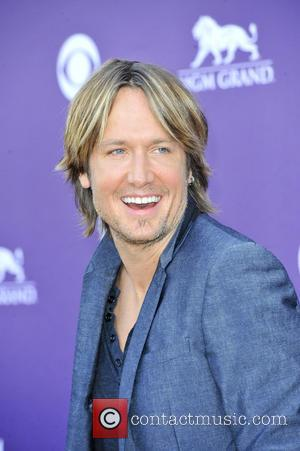 Keith Urban Tops Billboard Album Charts With 'Fuse'
