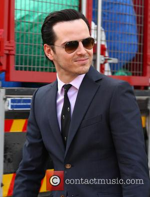 Andrew Scott - Filming takes place for the new series of 'Sherlock' in Central London - London, United Kingdom -...