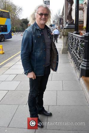 Billy Connolly Slammed For Bullying Photographer At Gig