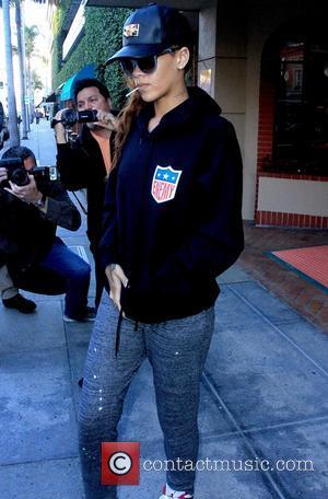 Rihanna - Rihanna seen leaving Dan Deutsch Optical Outlook in Beverly Hills - Los Angeles, California, United States - Tuesday...