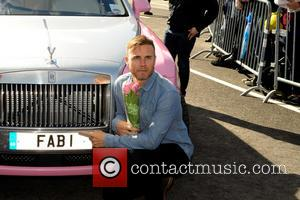 Gary Barlow - Chris Evans, Gary Barlow, James May and Professor Brian Cox launch FAB1 Million by driving from Land's...