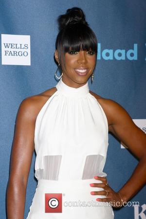 Kelly Rowland Opens Up About Beyonce Jealousy And Past Abuse In New Song