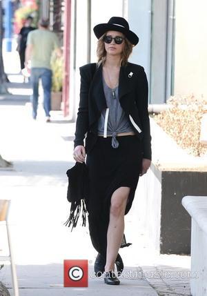 Jennifer Lawrence - Jennifer Lawrence spotted at the Vera Wang...