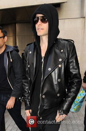 Jared Leto Performs For Free In New York