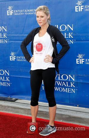 Julie Bowen - Celebrities attend the 20th Annual EIF Revlon Run/Walk for Women in Los Angeles at Los Angeles Memorial...