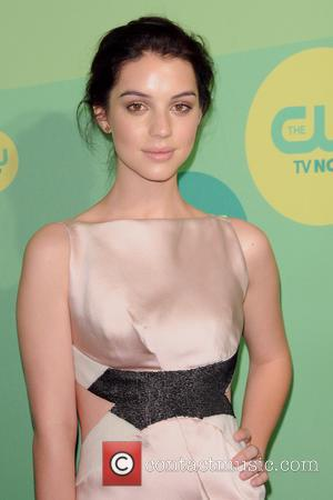 Is Adelaide Kane's 'Reign' The First Rock-n-roll Historical Drama?