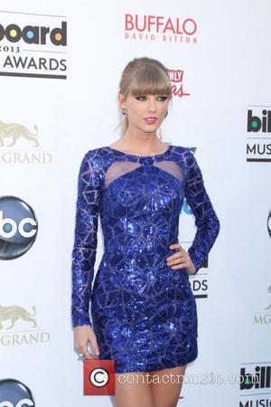 Taylor Swift - 2013 Billboard Music Awards at the MGM...
