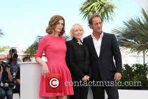 Chiara Mastroianni, Claire Denis and Vincent Lindon