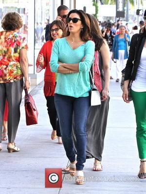 Eva Longoria - Eva Longoria seen shopping
