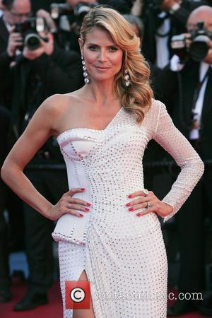 Heidi Klum Taking Auction Bidder To Oscars Parties