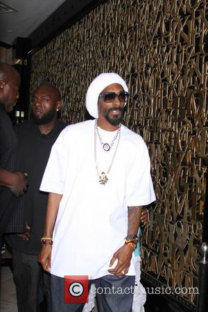 Snoop Lion Shows Support For Tony Bennett's Anti-violence Campaign