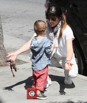 Selma Blair Departs Anger Management Amid Feud Rumours