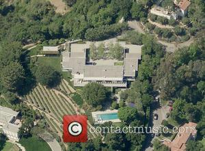 Jennifer Aniston - Aerial view of Jennifer Aniston's Bel-Air home