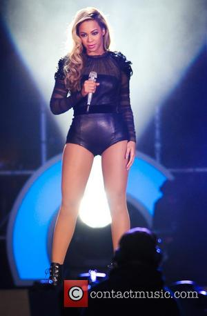 Beyonce - Chime for Change concert