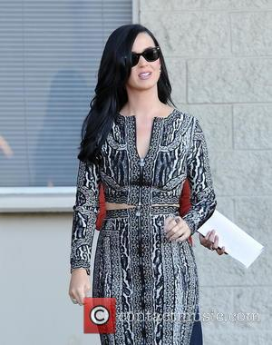 Katy Perry - Katy Perry On A Film Set
