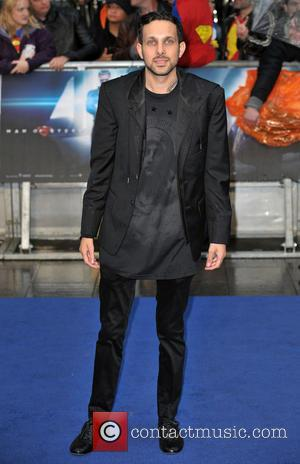 Dynamo Outed: Is This How He Pulls Off His Levitation Stunt?