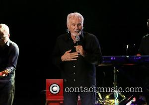 Kenny Rogers, Manchester Apollo