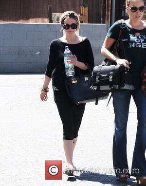 Ashlee Simpson Goes Public With New Boyfriend Evan Ross