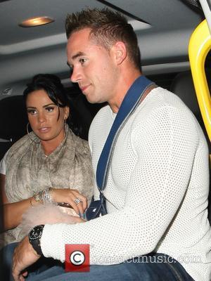 Katie Price and Kieron Hyler - Pregnant Katie Price and husband Kieran Hayler seen with friends at Balans restaurant in...