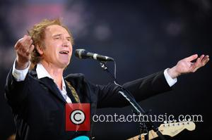Ray Davies, Brian May And Helen Fielding To Lead Literature Festival