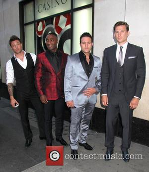 Simon Webbe, Lee Ryan, Antony Costa, Duncan James
