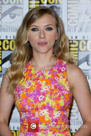 Scarlett Johansson And Lena Dunham Join New York Policitian's Fundraising Campaign