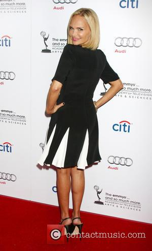 Kristin Chenoweth's Takes A Dig At Anthony Weiner With