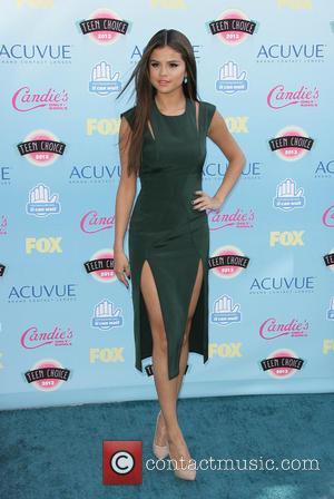 Selena Gomez Sparkles As 'Stars Dance' Tour Kicks Off