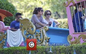 Jennifer Lopez To Seduce Teenager Onscreen