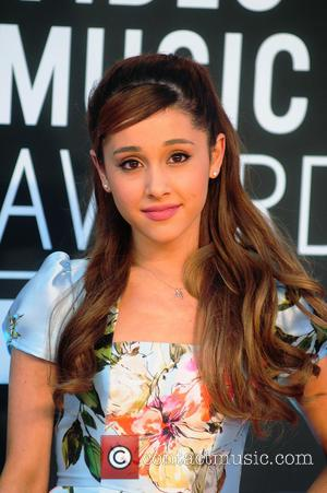 Ariana Grande - The 2013 MTV Video Music Awards -...