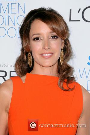 Jennifer Beals Confronted For Leaving Dog In Hot Car