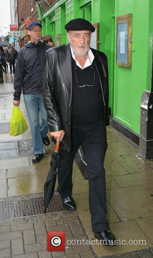 Fleetwood Mac - Fleetwood Mac bass guitarist John McVie Spotted