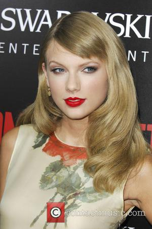 Taylor Swift To Co-star With Meryl Streep In Film Adaptation 'The Giver'