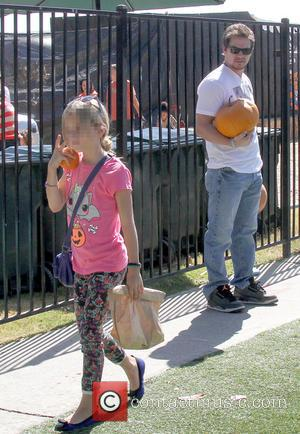 Mark Wahlberg and Ella Rae Wahlberg - Mark Wahlberg takes his family to Mr. Bones Pumpkin Patch in West Hollywood...