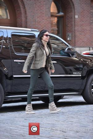 Bethanny Frankel and Bryn Hoppy - Bethenny Frankel on the school run to pick up her daughter Bryn - New...