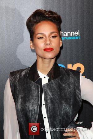 Alicia Keys Visits Typhoon Haiyan Evacuees