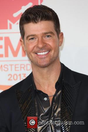 Robin Thicke And Wife Paula Pattron Separate After 8 Years Of Marriage